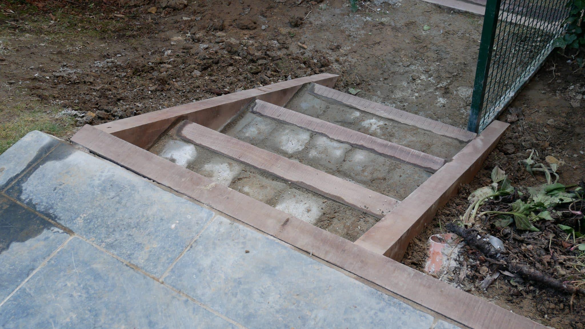 Remise à neuf d'un escalier de jardin